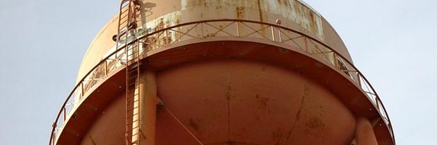 Limpieza y desinfección de tanques incluyendo interior y exterior